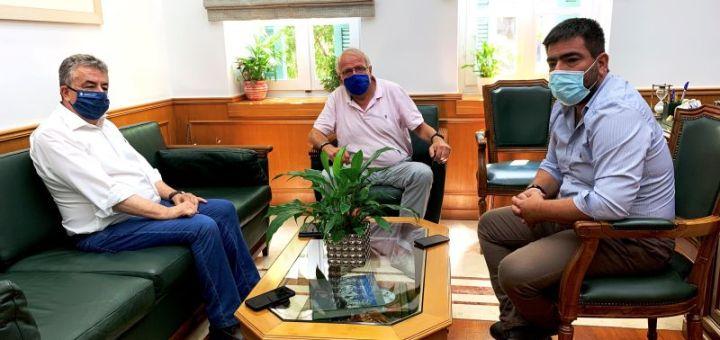 Συνάντηση Περιφερειάρχη Κρήτης με τον Διευθυντή του Γεωδυναμικού Ινστιτούτου του Αστεροσκοπείου Αθηνών