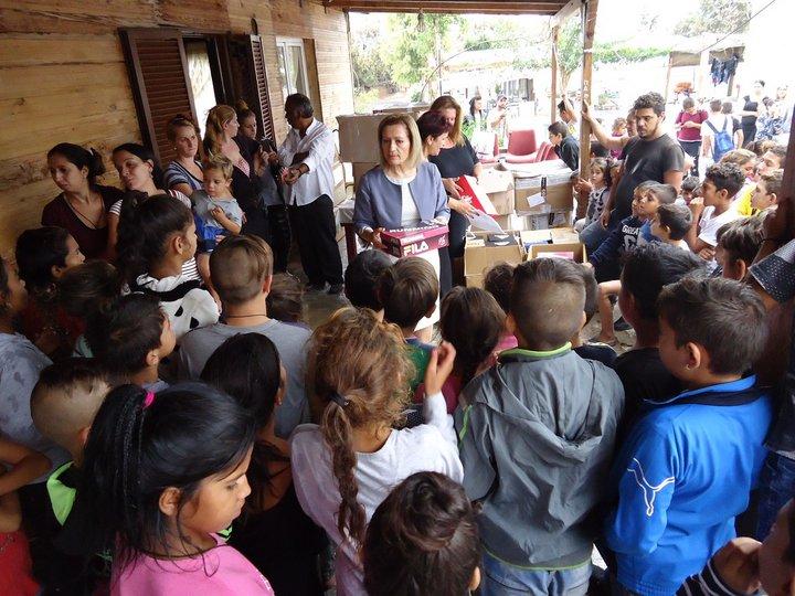 στη κοινότητα των Ρομά η Περιφέρεια Κρήτης