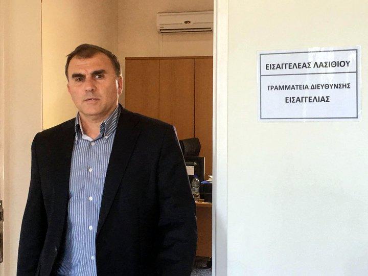 ο δήμαρχος Ιεράπετρας Θεοδόσης Καλαντζάκης στην εισαγγελία Λασιθίου στη Νεάπολη