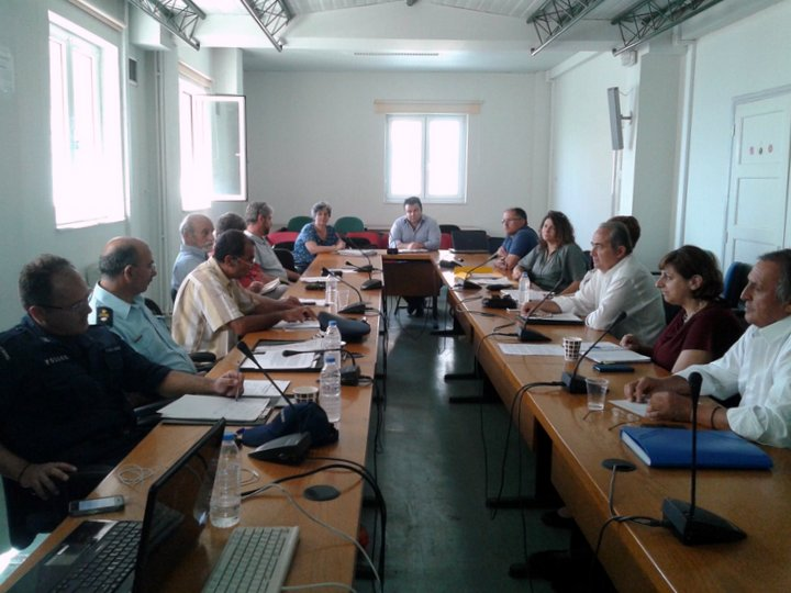 Συζητήθηκε το θέμα της ανεπιτήρητης βόσκησης ιδιαίτερα για την περιοχή της Θρυπτής της Τ.Κ. Κάτω Χωριού του Δ. Ιεράπετρας