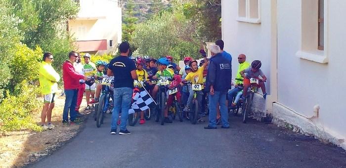Ο Χάρης Καστραντάς για το ποδήλατο ....