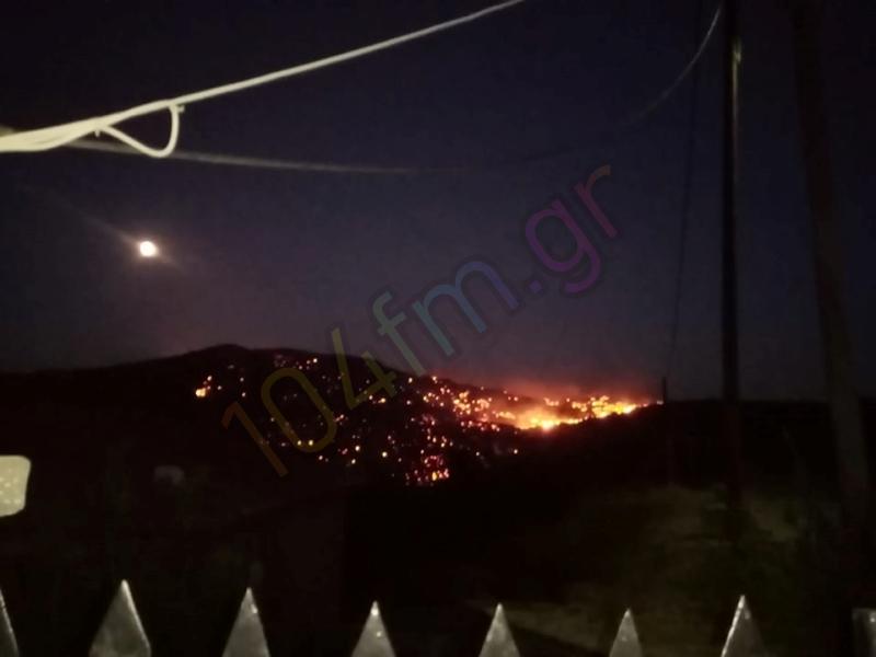 Μεγάλη φωτιά ανάμεσα Πρίνα - Μεσελέρους