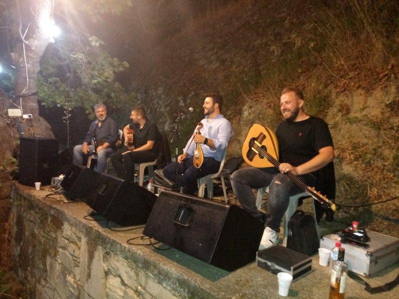 Παραδοσιακή Μουσική βραδιά στο Παρασπόρι