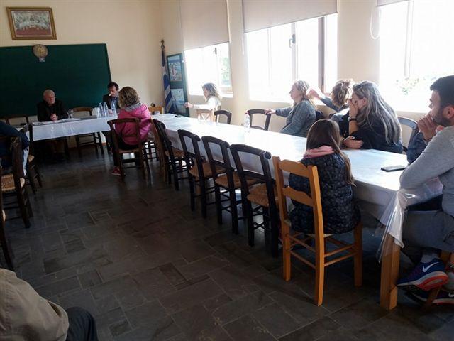 Συνάντηση Θραψανιώτη με επαγγελματίες στη Μίλατο