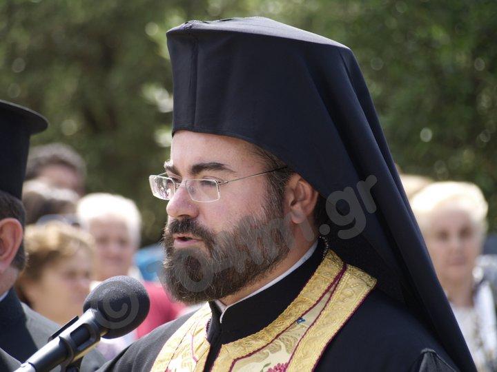 ο αρχιμανδρίτης Τίτος Ταμπακάκης