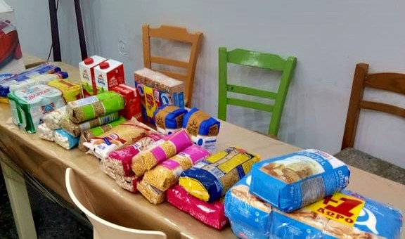 Συλλογή και αποστολή τροφίμων και κηπευτικών σε οργανώσεις αλληλεγγύης