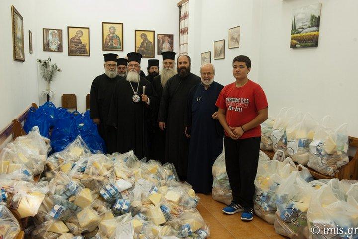 Διανομή 17 τόνων τροφίμων στους απόρους από την Ιερά Μητρόπολη Ιεραπύτνης και Σητείας