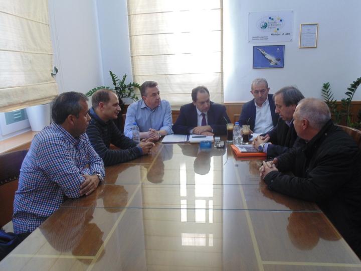 ο Υπουργός Υποδομών Μεταφορών και Δικτύων Χρήστος Σπίρτζης στη Περιφέρεια Κρήτης