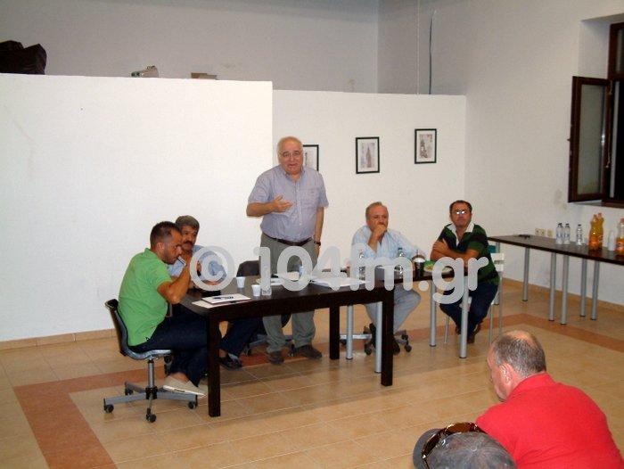 η ομάδα πρωτοβουλίας με τον Αντώνη Βγόντζα