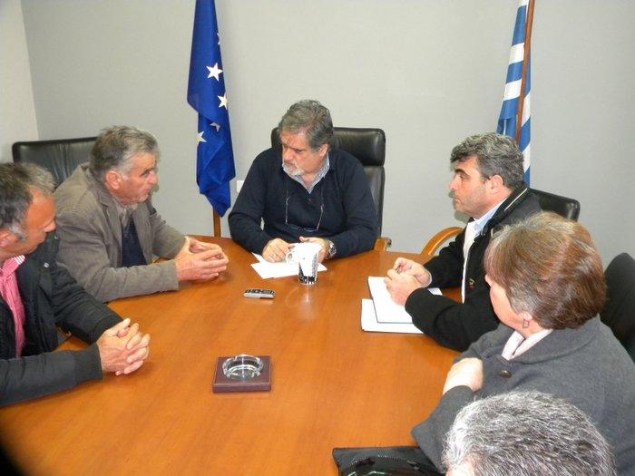 το νέο Δ.Σ. του ΤΟΕΒ συναντά τον Δήμαρχο, Αγ. Νικολάου