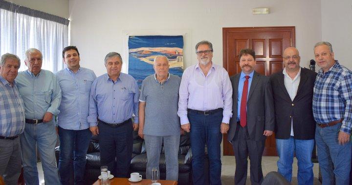Τουρκοκρητικοί στον δήμαρχο Αγίου Νικολάου