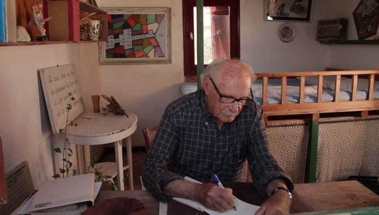 Θερμό χειροκρότημα στον καθηγητή οφθαλμολογίας Γιώργο Μαρκάκη