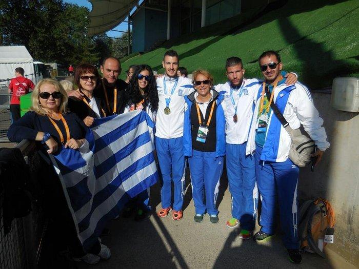 αναμνηστική της Ελληνικής αποστολής