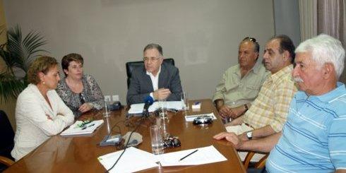 συνέντευξη στο δημαρχείο Αγίου Νικολάου για το συνέδριο AEMA