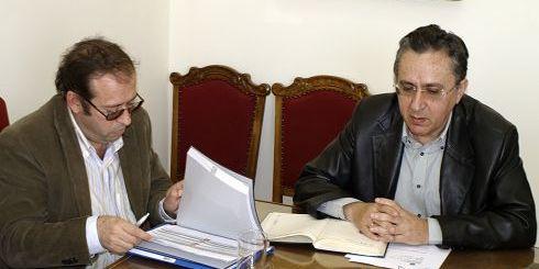 Αγαπάκης (αριστερά) και ο Νομάρχης Λασιθίου Σήφης Αναστασάκης