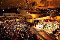 Η έναρξη των εκδηλώσεων στην Όπερα του Βερολίνου
