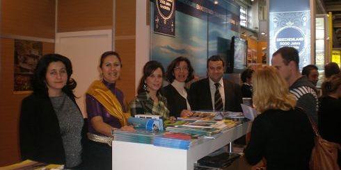 Οι εκπρόσωποι της Κρήτης, στο τουριστικό περίπτερο της έκθεσης