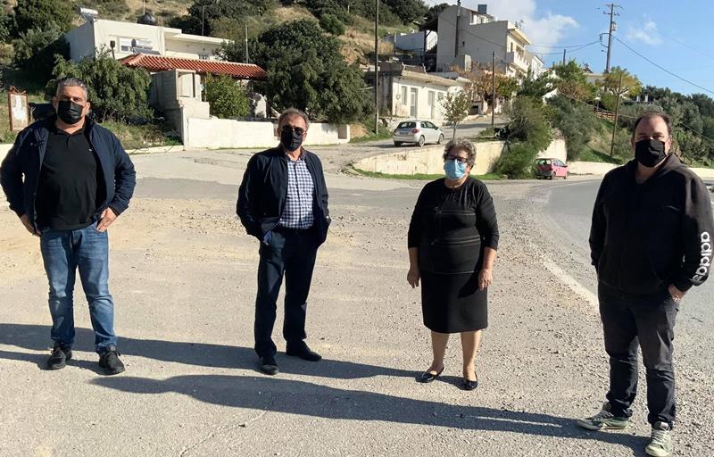Ο δήμαρχος Ιεράπετρας στην κοινότητα Μακρυλιάς