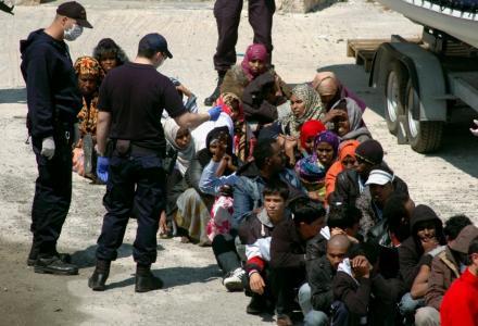 πρόσφυγες στη Κρήτη
