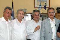 Στρατάκης με μέλη της αποστολής