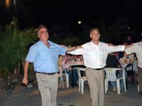 Πεδιαδίτης, Κουνενάκης, σέρνουν το χορό