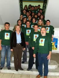 Η Νομάρχης με τους μαθητές