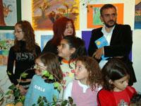 Τα παιδιά, η ζωγράφος, και ο Οδυσσέας Σγουρός