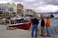 το συνεργείο στο λιμάνι του Αγ. Νικολάου