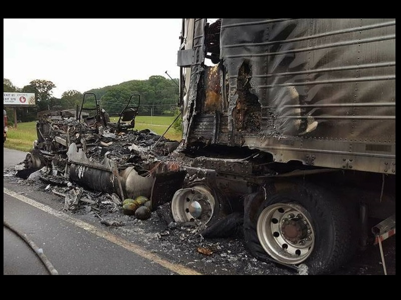 TRACTOR-TRAILER FIRE ON INTERSTATE 75 BACKS UP TRAFFIC