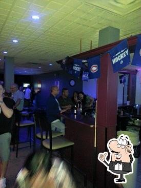 tapis vert st marc pub et bar saint