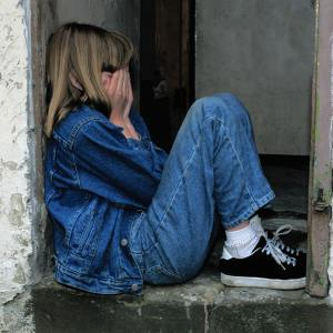 girl-jeans-kid-loneliness-236215
