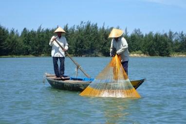 Pêcheur à l'ancienne