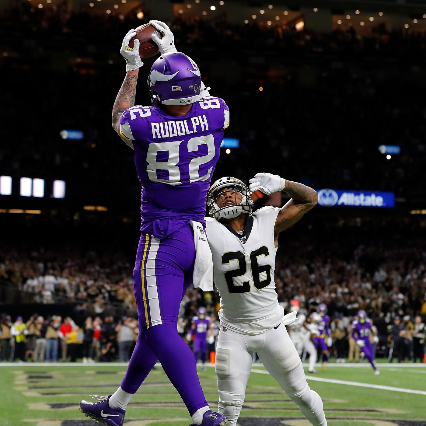 kyle rudolph embarrasses the saints