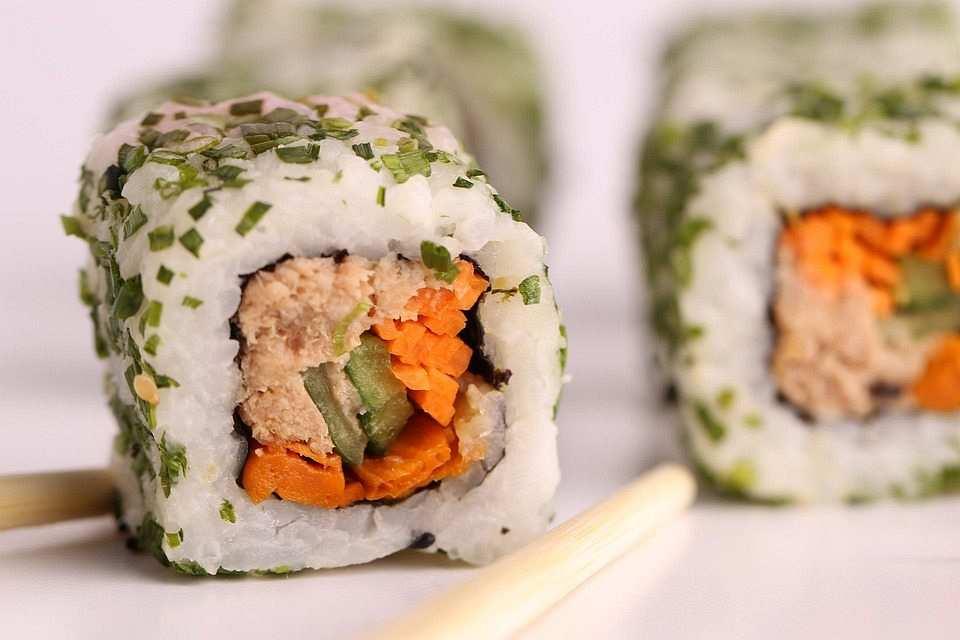 ton balıklı california roll