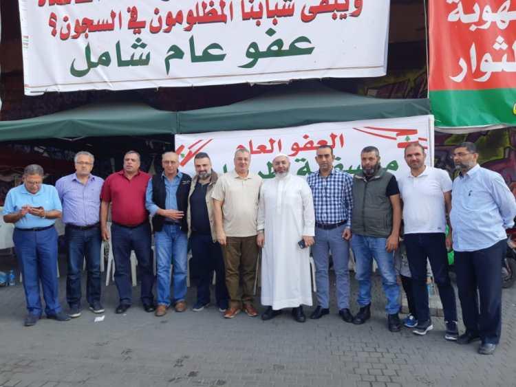"""لجنة أهالي الموقوفين الإسلاميين في طرابلس : نرفض المسودة """"الطائفية"""" السوداء في قانون العفو"""