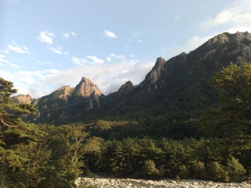 Day Trips to Take Outside of Seoul seoraksan