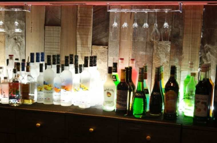 day drinking in itaewon smash-bowling-bar