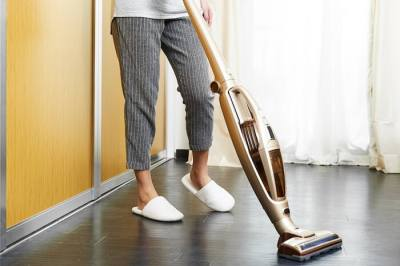 best broom vacuum cleaner