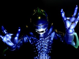 Lanard Toys Alien Warrior Xeno 7 inch Jazz hands