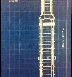 here s the scale diagram from the front of the box the fully assembled rocket is 1 meter tall almost to the millimeter  [ 1000 x 2595 Pixel ]