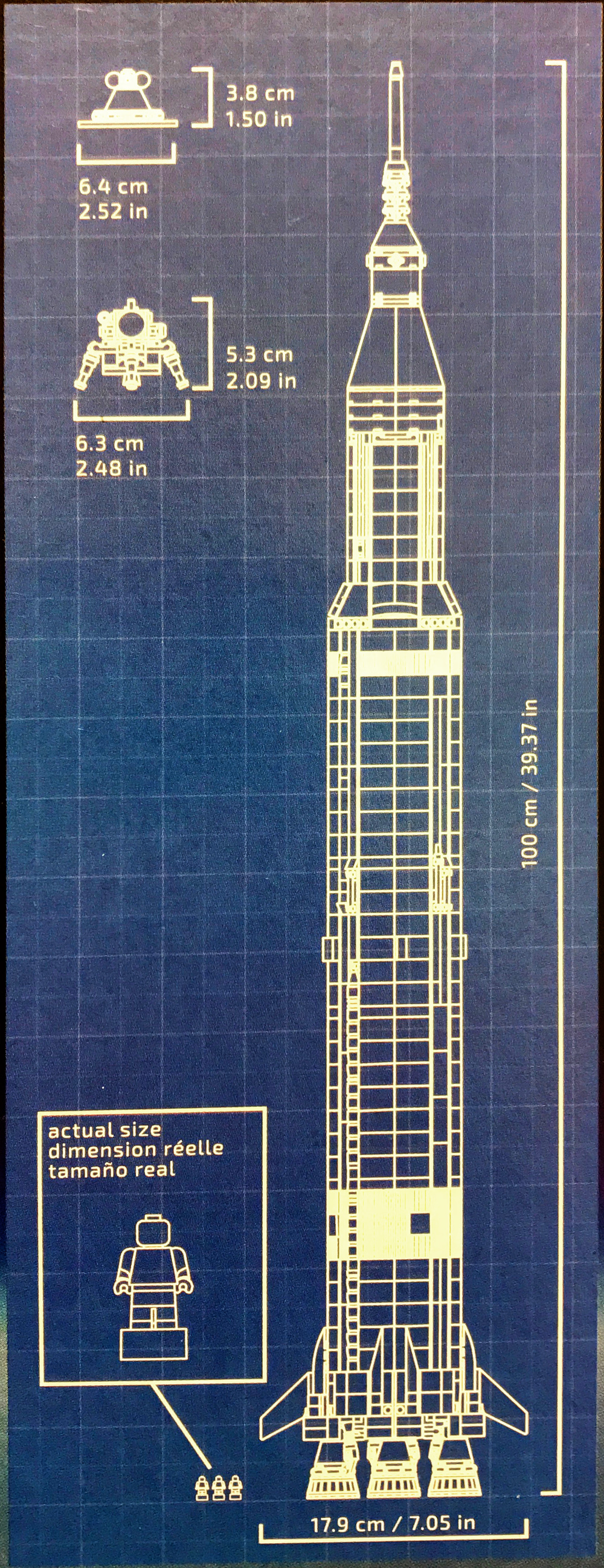 hight resolution of here s the scale diagram from the front of the box the fully assembled rocket is 1 meter tall almost to the millimeter