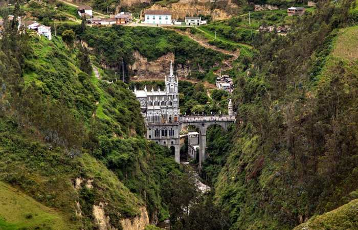 Most Unique Churches In The World: Las Lajas Sanctuary, Colombia
