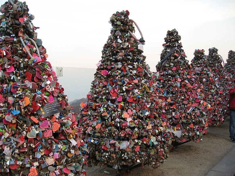 Awesome Love Locks Locations: N Seoul Tower, Seoul