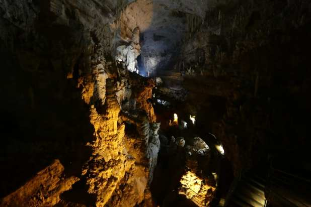 Jeita Grotto: Most Popular Underground Caves