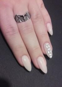 Almond Nails | 10 Pretty Fingers