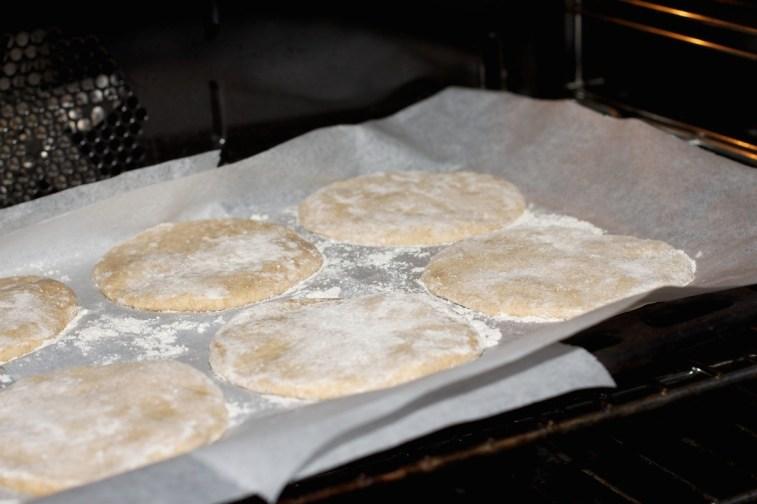 Pita broodjes 25