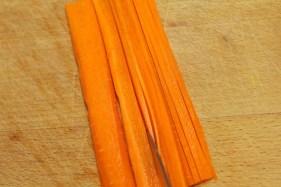Hoe snij je een wortel julienne 5