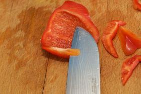 Hoe snij je paprika in stukjes 5