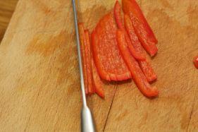 Hoe snij je paprika in stukjes 6