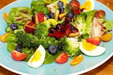 Salade met zomerse dressing van blauwe bessen 40